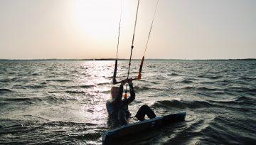 Kitesurfing podstawy - czyli start z wody